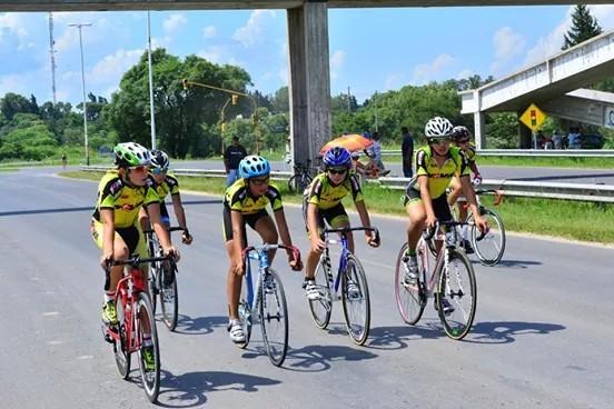 El equipo de ciclismo cañadense obtuvo muy buenos resultados