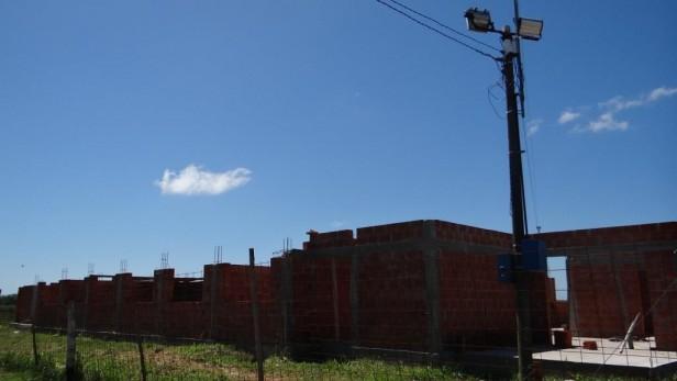 El Centro Integrador Comunitario de Las Parejas se encuentra en plena labor de trabajos de albañilería