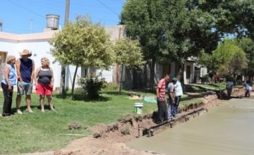 El municipio comenzó la pavimentación de calle Capdevila