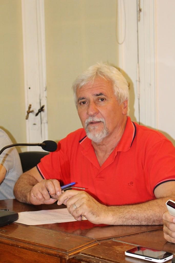 Tocalli: El local no tiene permiso del concejo para usar el espacio público ni habilitación bromatológica