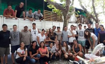 La agrupación Papa Francisco viajó a Formosa con el colectivo municipal