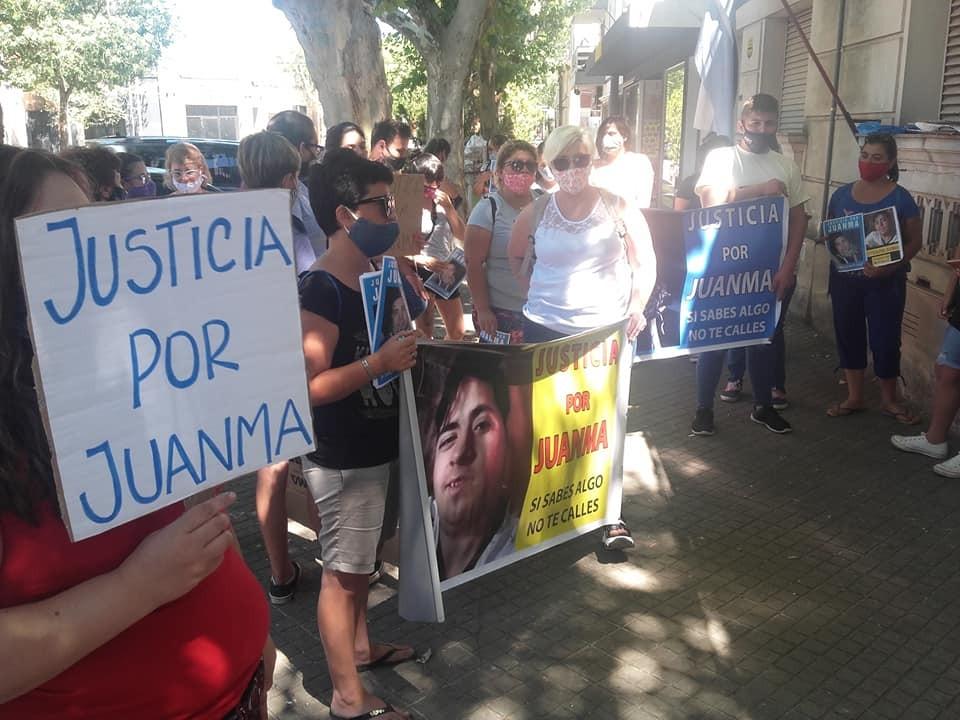 LOS FAMILIARES DE JUAN MANUEL PARUCCI FUERON RECIBIDOS POR LA FISCAL LESCANO