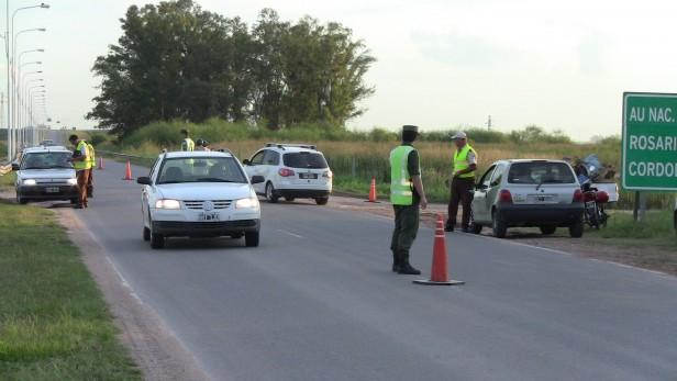 Cuarenta y seis vehículos remitidos al corralón municipal