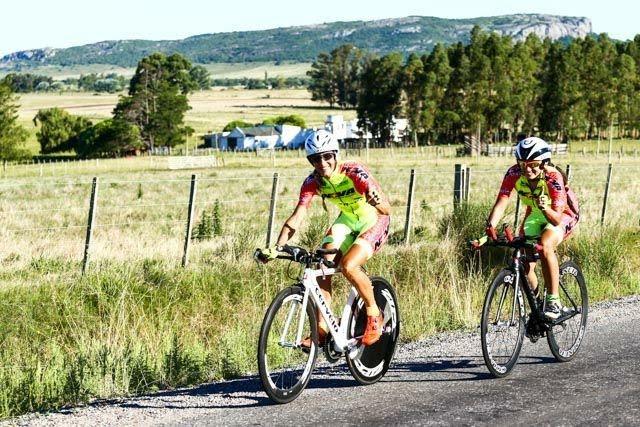 Ciclistas cañadenses participaron de una competencia en Uruguay