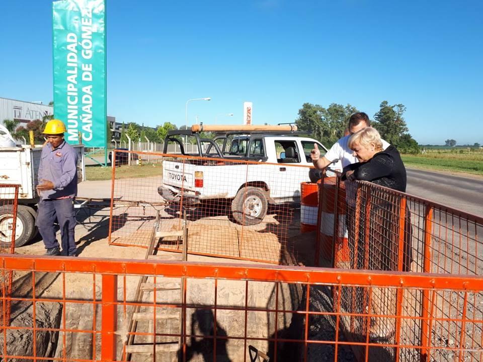 La intendenta recorrió los trabajos en el parque industrial II