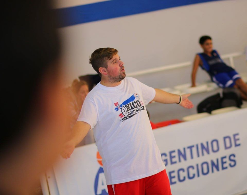 Mauricio Lapassini se hará cargo del seleccionado de basquet femenino de la Asociación Cañadense