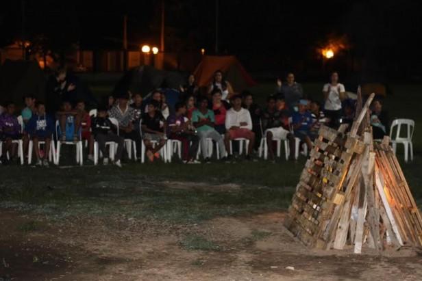 Las Parejas: Campamento y actividades deportivas