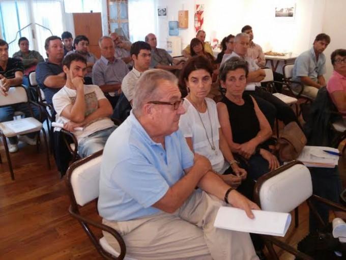 Totoras: reuniones politicas con el sector tambero