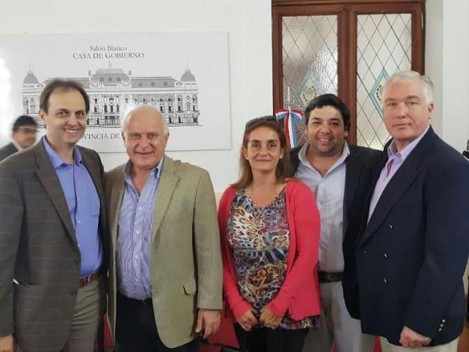 Santa Fe: Rasetto participó de la firma del contrato para el Gasoducto Ruta 34