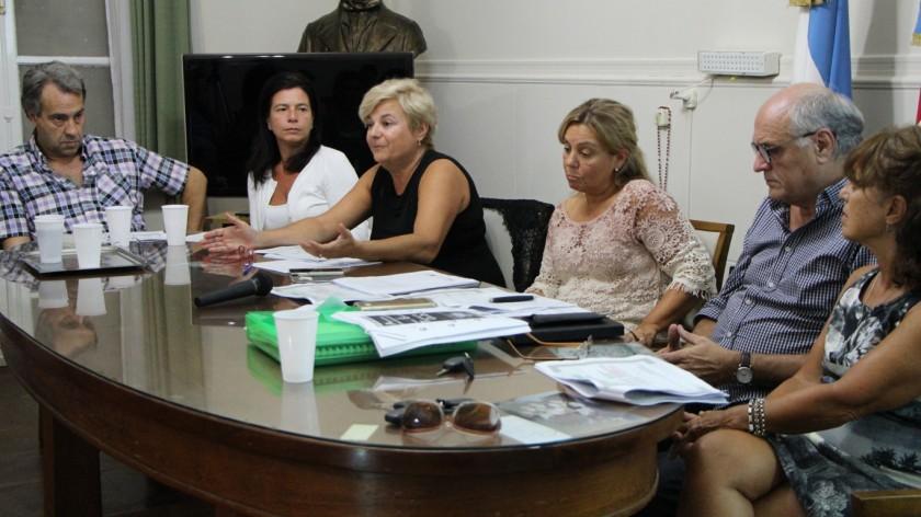 Clérici presento las conclusiones del taller sobre alternativas para la nueva terminal.