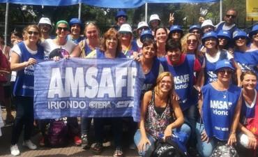 Dirigentes y docentes locales participaron de la movilización a Buenos Aires