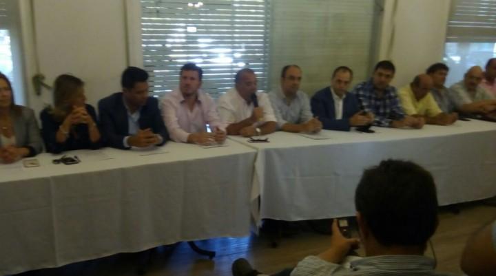 Cambiemos hizo la presentación de su alianza con la UCR