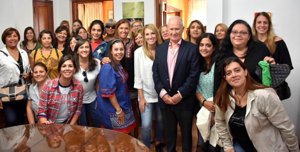 Reconocimiento de la Defensoría del Pueblo por el avance de representación de mujeres en las listas de precandidaturas provinciales