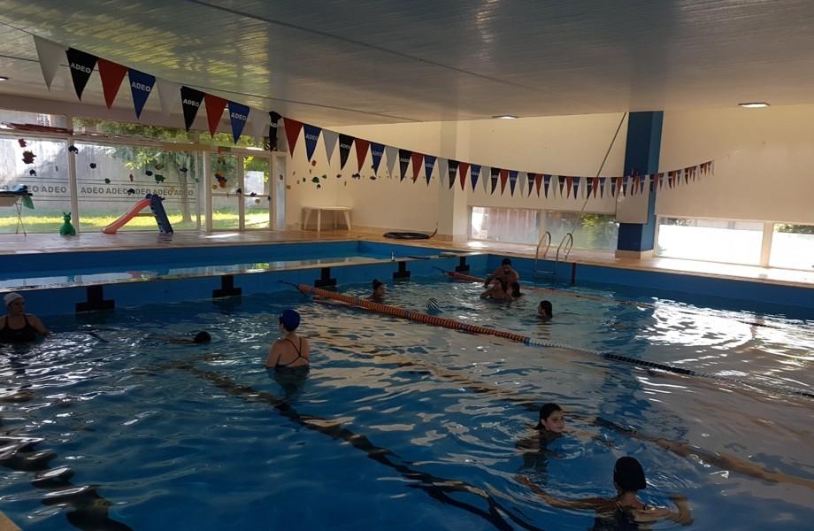 200 inscriptos para el programa Aprendamos a nadar con la Muni