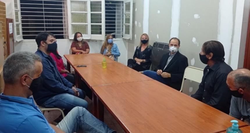Rasetto y una nueva reunión por el edificio del profesorado