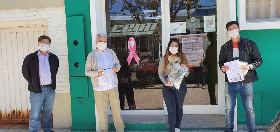 El Municipio, FUDECA y productores locales donaron protectores faciales