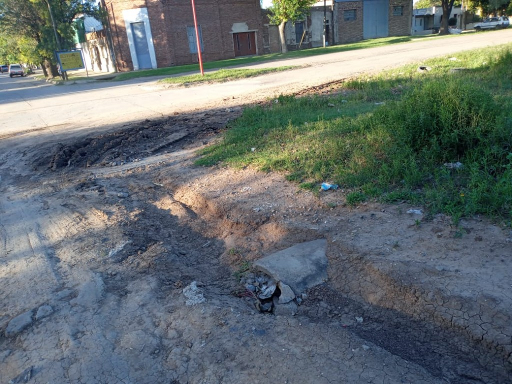 Travaglino pide arreglo y mantenimiento de calles