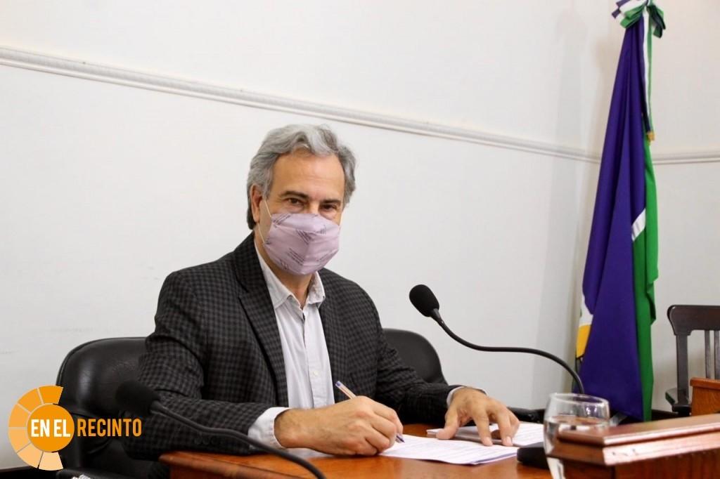 Casalegno propone que el Municipio colabore para inscribir a los vecinos en el programa Casa Propia