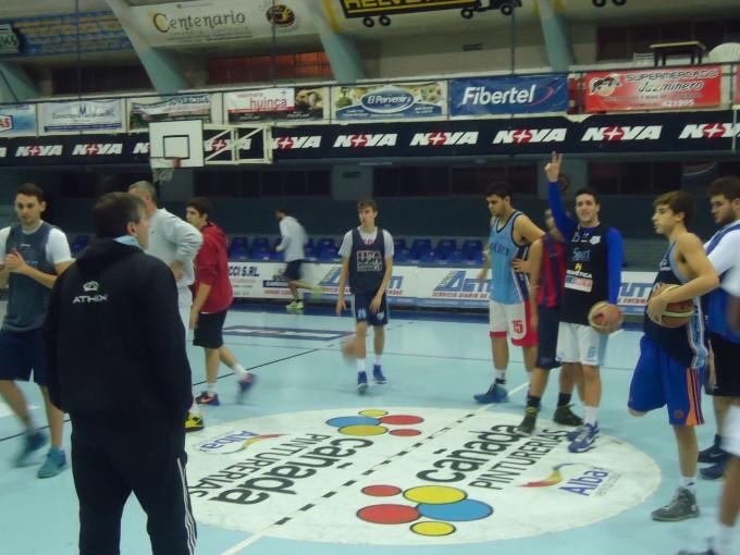 Liga Provincial de Basquetbol. El celeste busca la final