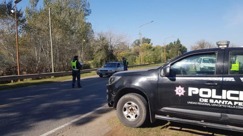 Doble cinturón de controles sanitarios de camiones y pasajeros que ingresan a la provincia