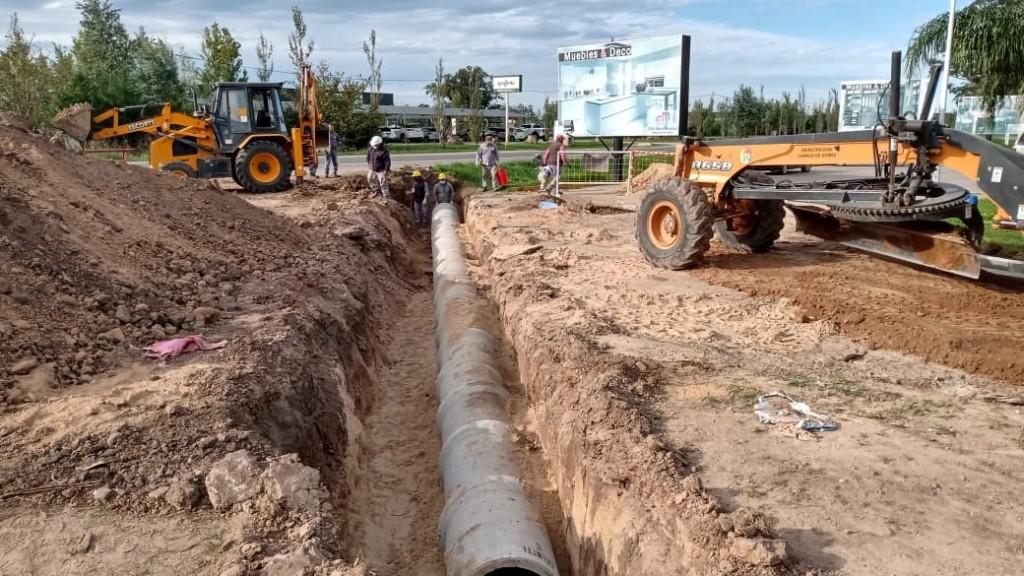 Avanzan trabajos hídricos en zona Este