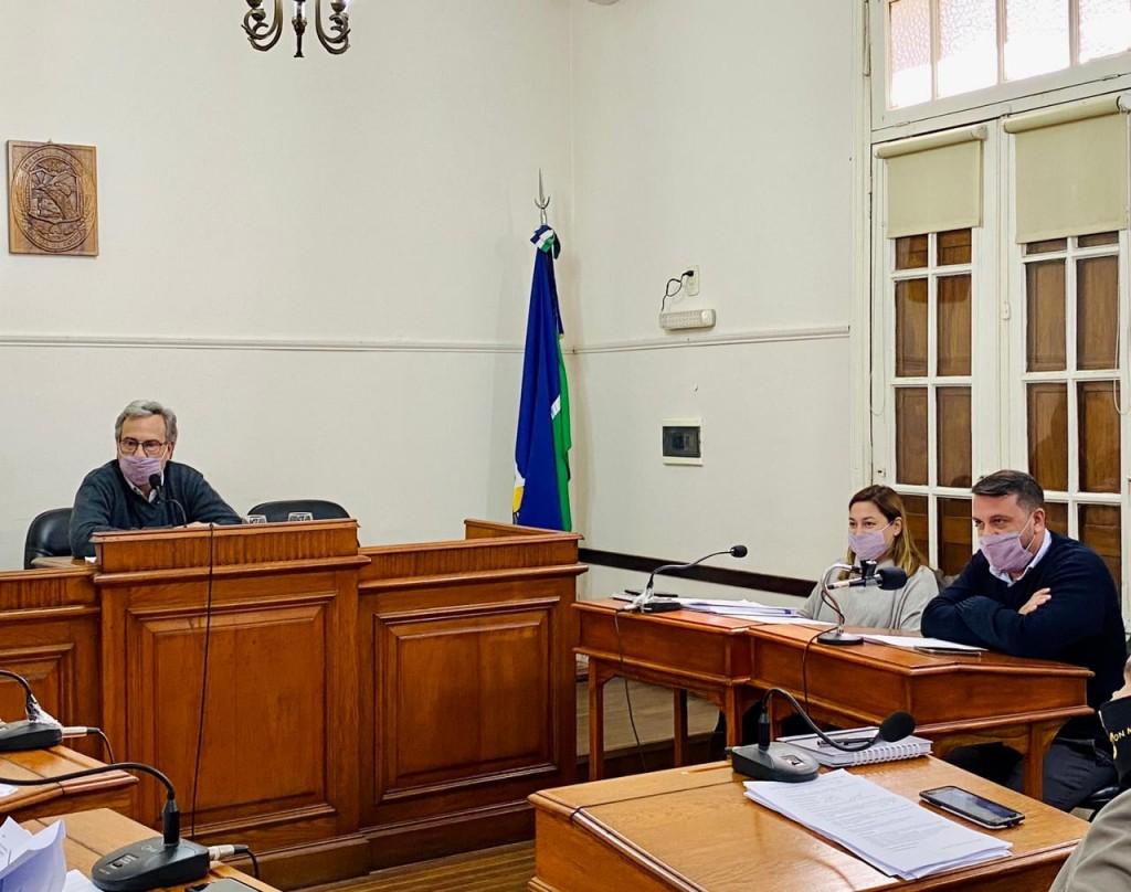 El Concejo en pleno respaldó el proyecto de Casalegno con nuevas medidas para bajar los contagios