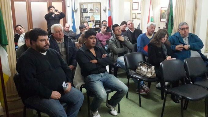 Reunión entre clubes y funcionarios nacionales y provinciales