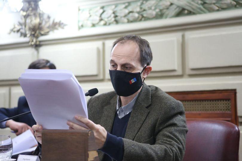 Media sanción a proyecto de Rasetto que regula pase a planta de personal en Municipios y Comunas