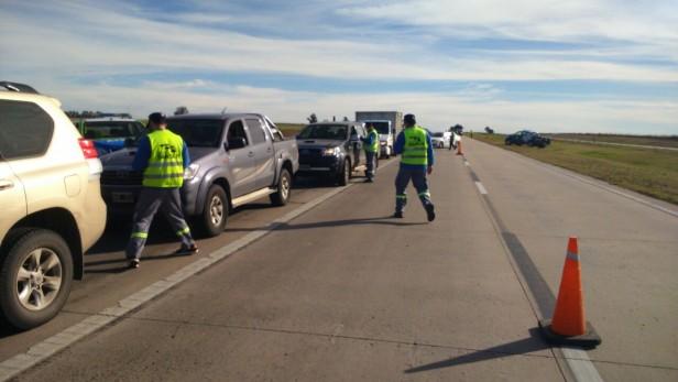 Megaoperativo de tránsito en Autopista Rosario-Cordoba