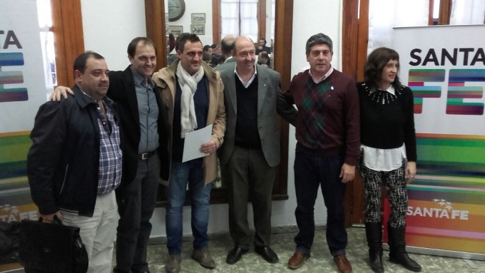 Rasetto participó de la entrega de aportes económicos a clubes del Departamento Iriondo