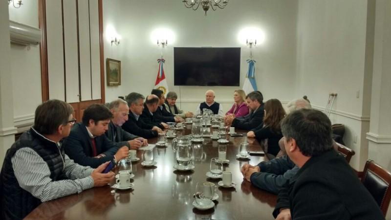 Reunión regional por el Gas Natural con participantes de Iriondo
