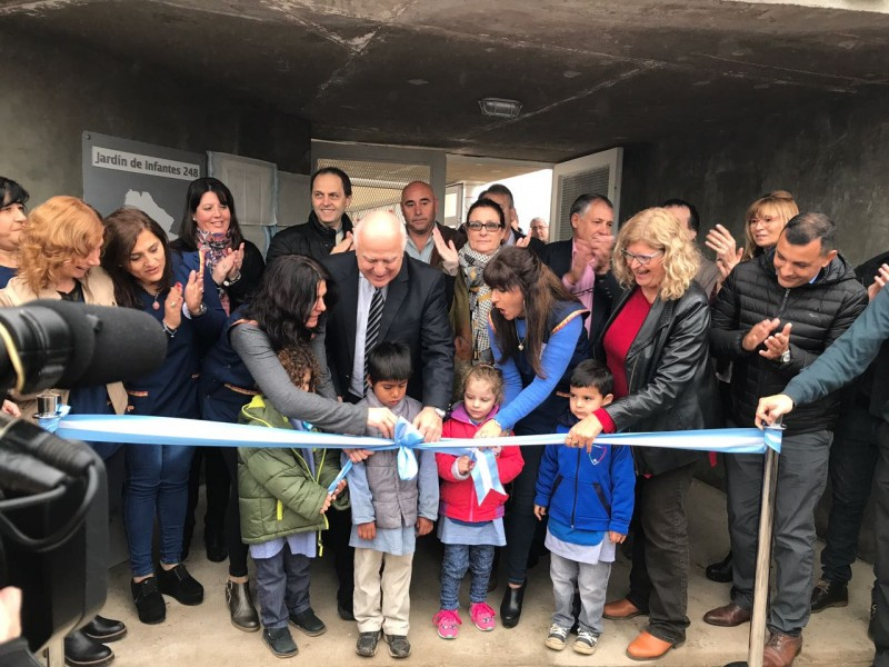 Rasetto y Lifschitz inauguraron un nuevo Jardín en Serodino