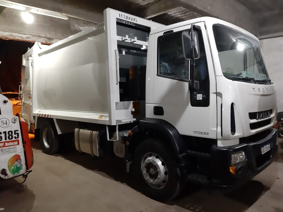 El Municipio presentó nuevo camión compactador