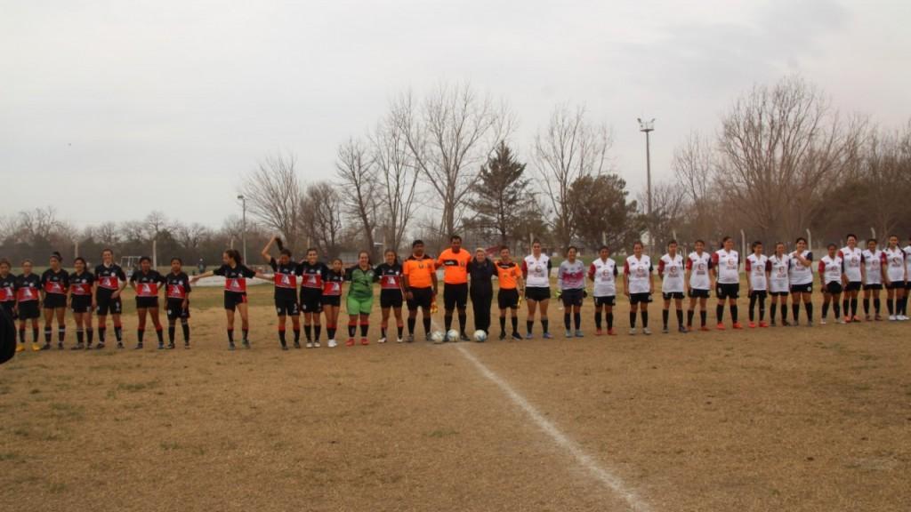 La intendenta estuvo presente en la final del fútbol femenino
