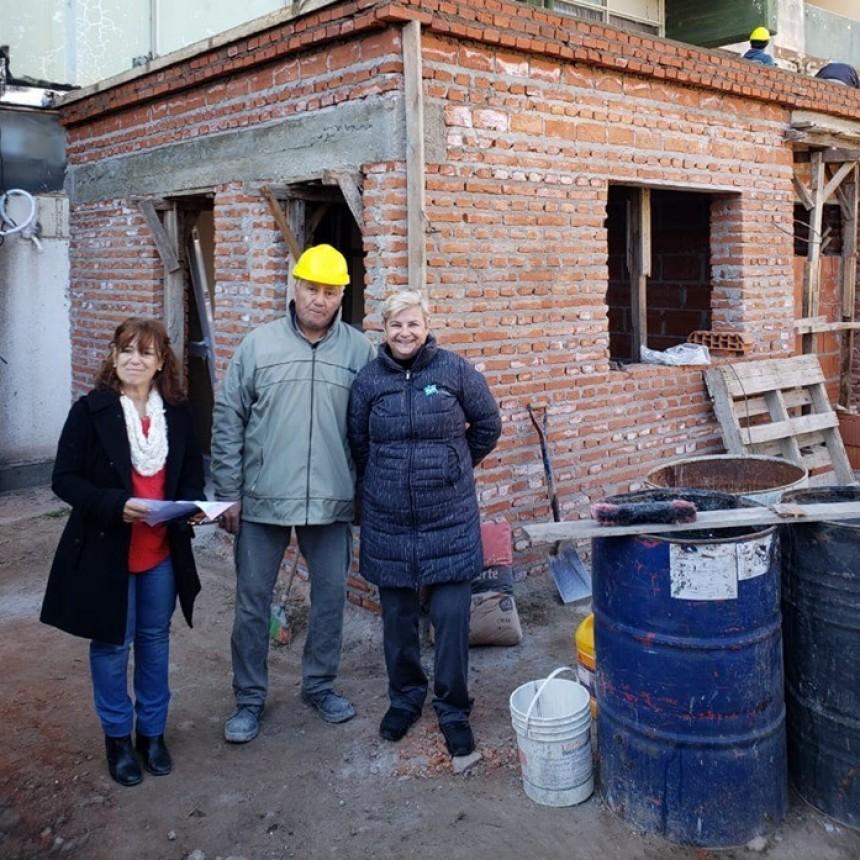 La intendenta recorrió los trabajos de ampliación del Centro de Atención Primaria de Salud en Barrio Fonavi