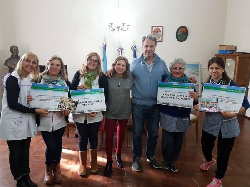 Municipio premió a ganadores de concurso fotográfico