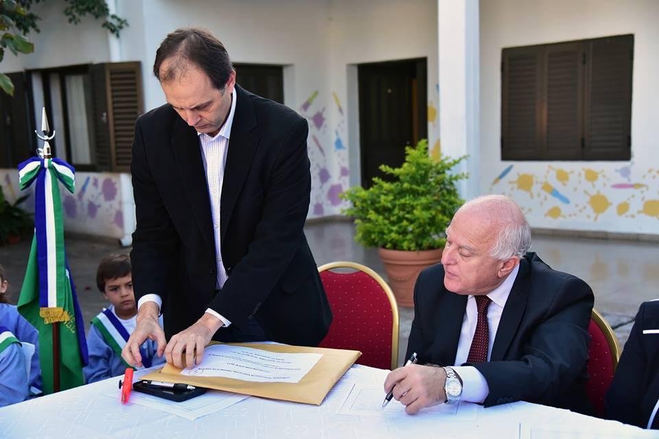 Apertura de ofertas para dos instituciones educativas de Iriondo