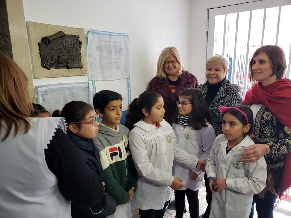 Clérici estuvo presente en el centenario de la escuela Almafuerte