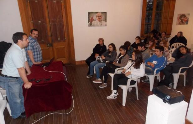 Con gran participación se realizó la charla Metodología del Rescate y Puesta en Valor del Patrimonio Oral
