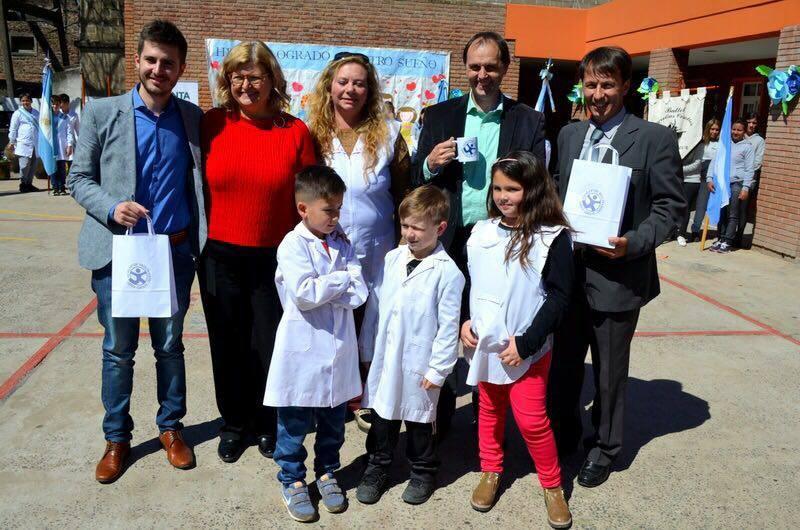 Inauguración de obras en dos escuelas de Correa