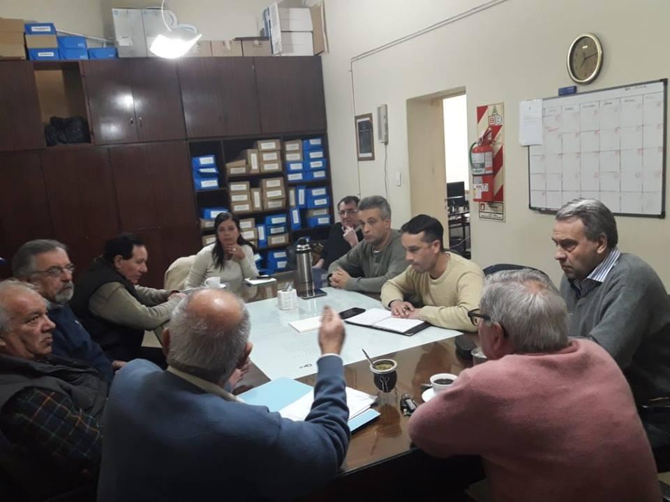 Reunión con Bomberos Voluntarios de Cañada de Gómez: ¿Cuándo llegan los fondos?