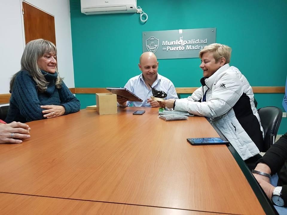 Reunión de Clérici con el intendente de Puerto Madryn