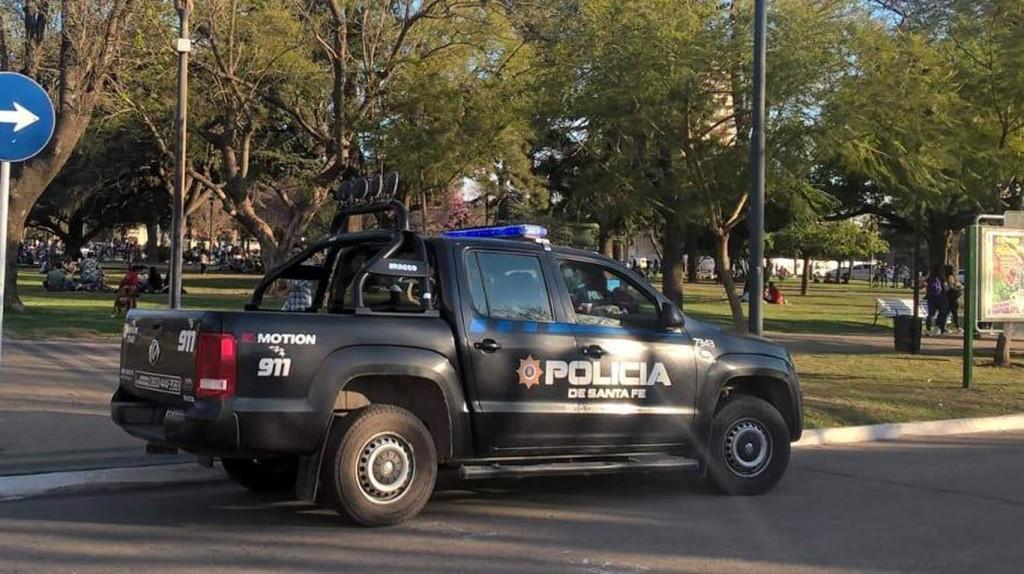 Robaron armas de fuego de un vehículo