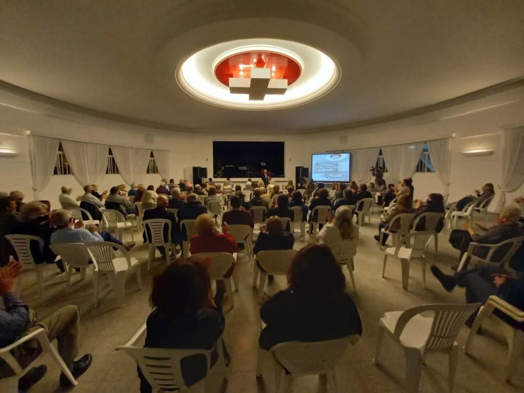 El Municipio acompañó a la Sociedad Suiza en la reinauguración de su salón