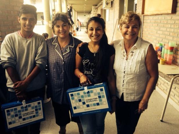 Alumnos de la Escuela Albarracín recibieron netbooks