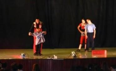 Dúo Circo Lumiere en el Cervantes