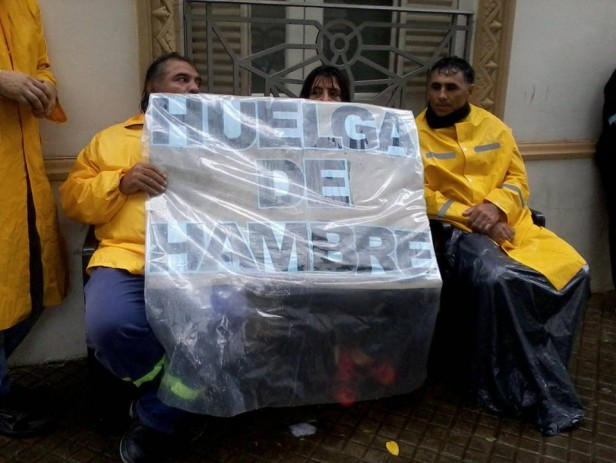 Trabajadores Municipales continúan con huelga de hambre