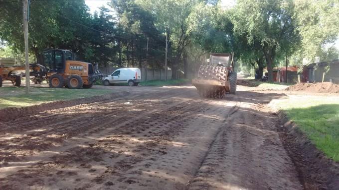 El Municipio avanza con mejorado en calle Quintana