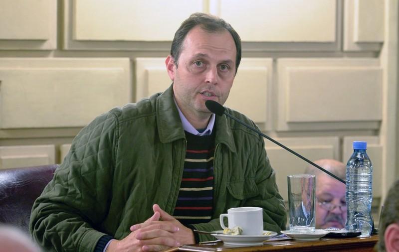 Media sanción a dos proyectos de Rasetto relacionados a Totoras