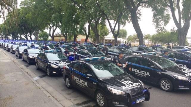 ¿Cuántos móviles policiales hay en uso en Cañada de Gómez?